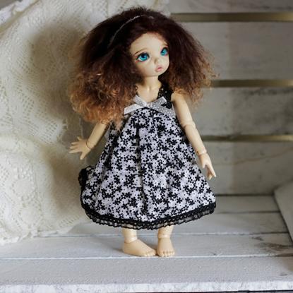 Afbeeldingen van Black/white flower dress